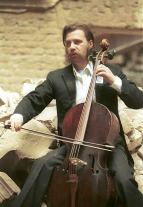 Verdan Smailovic - The cellist of Sarajevo